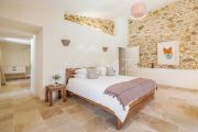 Grimaud - Beautiful renovated stone mas and guest annexe with waterfall - photo12