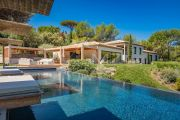Saint-Tropez - New house with exceptional sea view - photo1