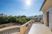 Antibes - Beautiful family house with outbuilding - photo2
