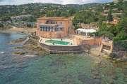Proche Saint-Tropez - Propriété pieds dans l'eau - photo2