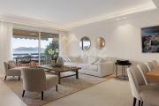 Cannes - Croisette - 4 rooms apartment with panoramic sea view - photo6