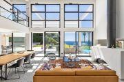 Close to Bandol - Contemporary villa seafront - photo10