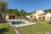 Cannes Backcountry - Provencal style villa on large flat grounds - photo1