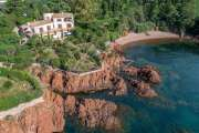 Proche Cannes - Propriété pieds dans l'eau - photo1