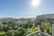 Cannes - Close to Croisette - Sea view apartment - photo3
