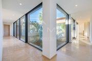 Saint-Tropez - Superb new contemporary villa close to the center - photo10