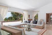 Cannes Backcountry - Wonderful property on large flat grounds - photo6