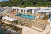 Cap d'Antibes - Exceptionnelle villa pieds dans l'eau - photo1