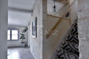 Uzès - Beautiful townhouse-like three storey flat - photo5
