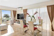 Cannes Palm Beach: Vue mer à couper le souffle - Charmant appartement d'angle 3-pièces dans résidence sécurisée avec gardien et piscine - photo5