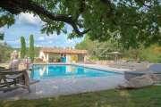 Gordes - Magnifique propriété avec  vue dégagée - photo1
