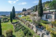 Close to Saint-Paul de Vence - Ravishing residence by Svetchine - photo1