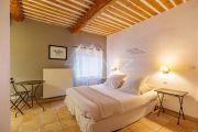Luberon - Beautiful farmhouse with heated pool - photo8