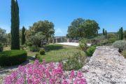 Gordes - Belle propriété en pierres - photo10