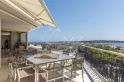 Cannes - Croisette - Penthouse with Panoramic See View - photo4