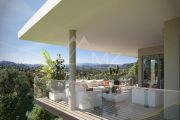 Saint-Paul de Vence - 4 bedroom-apartment in a luxury residence - photo1