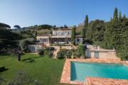 Saint-Tropez - Provençal property with sea view - photo1