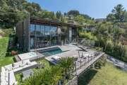 Proche Cannes - Sur les hauteurs - Propriété contemporaine - photo1