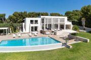 Close to Bandol - Contemporary villa seafront - photo7