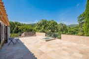 Grimaud - Beautiful renovated stone mas and guest annexe with waterfall - photo8