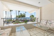 Cannes - Croisette - Elegant 3-rooms appartement with beautiful sea view - photo2