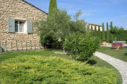 Proche Gordes - Maison traditionelle en pierre - photo7