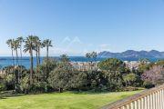 Cannes - Californie - Spacieux appartement à rénover - photo1