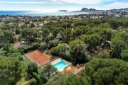 La Ciotat sea view property with tennis court and swimming pool - photo1