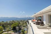 Cannes - Croisette - Penthouse with Panoramic See View - photo6