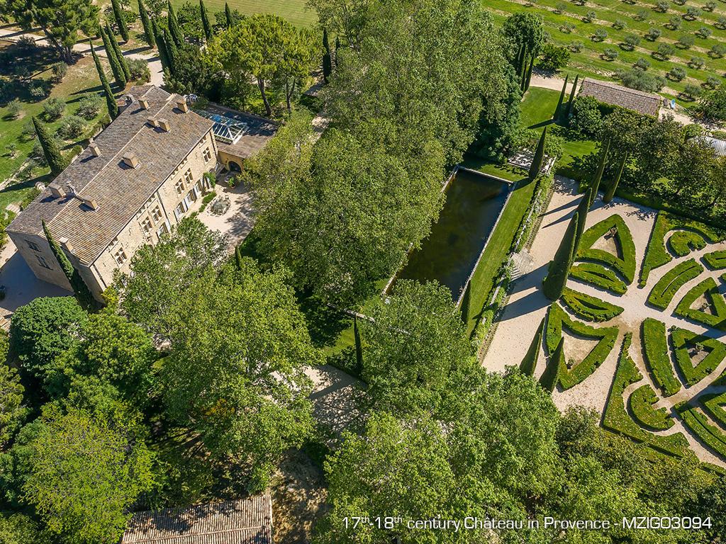 Immobilier de luxe : à vous la vie de château